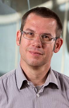 Dr. Oliver Bätz